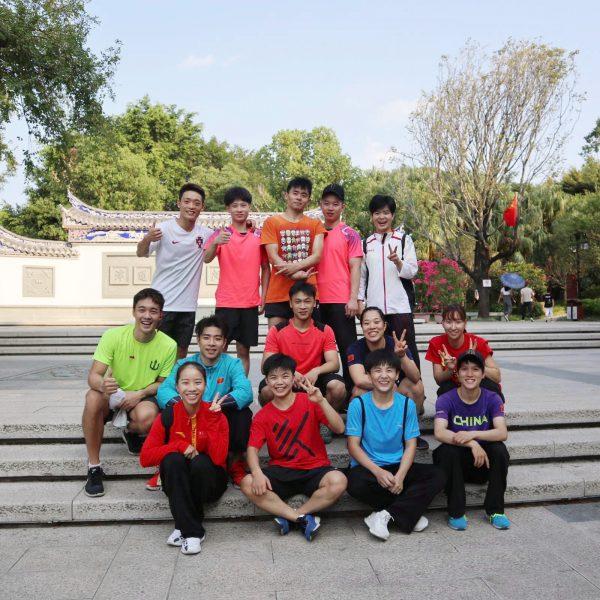 第二の故郷のような中国・福建省のチームのみんなと。