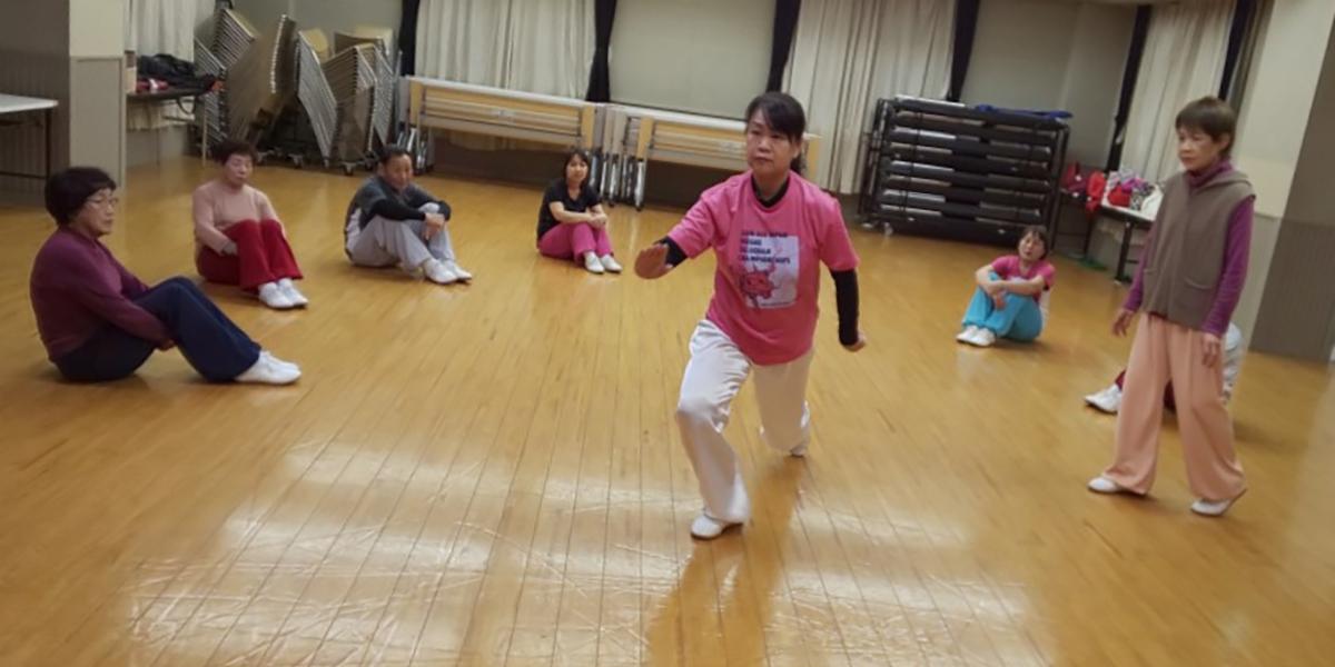 小橋珠子講師と東児が丘教室