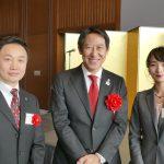 鈴木大地・スポーツ庁長官と。写真右、齋藤志保選手、写真左、孔祥東選手強化委員会委員長