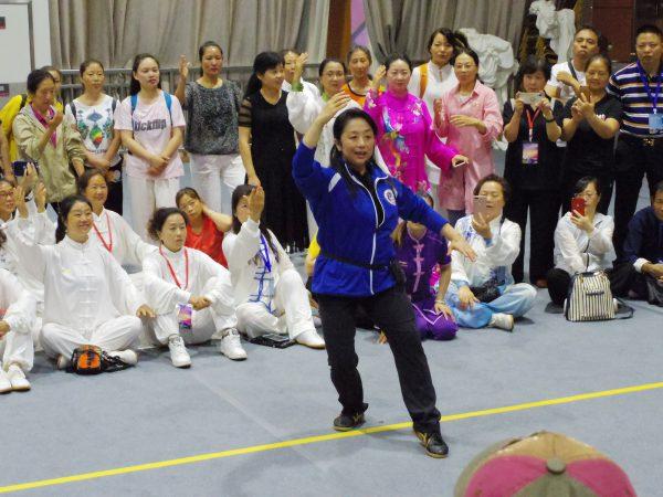 高佳敏老師による24式太極拳の講習